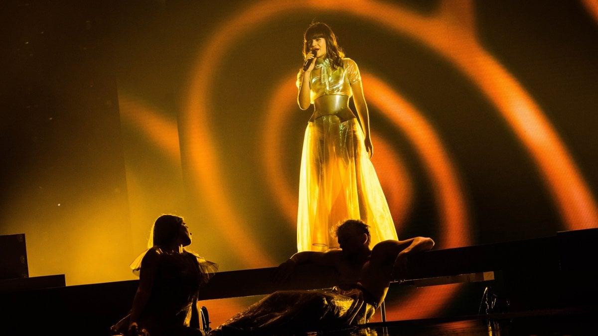 X Factor, Leo Gassman y Martina fuera del juego: ahora en cuatro hacia la final