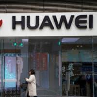 """Arresto Meng, la reazione della Cina: """"Usa vuole fermare avanzamento di Huawei"""""""