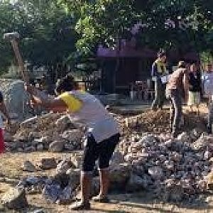 Messico, il terremoto di un anno fa: in una delle regioni più danneggiate, villaggi ricostruiti con tecniche indigene
