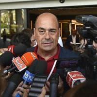 """Pd, renziani contro Zingaretti: """"Vuole alleanza con i grillini"""". La replica: """"Solo fango,..."""