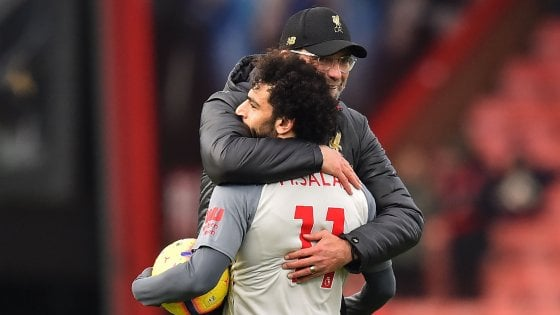 Premier League: tripletta di Salah, Liverpool in testa. Poker di Mourinho a Ranieri