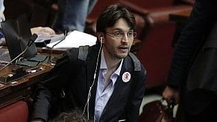 M5S, Dall'Osso lascia il gruppo e passa a Fi: Nessun impegno per i disabili. Il direttivo frena sulla penale