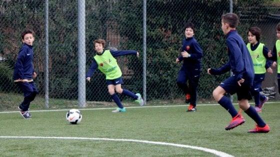 """""""Calcio insieme"""" a ragazzi con sindrome dello spettro autistico: la AS Roma scende in campo"""