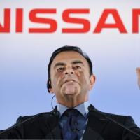 Giappone, il patron della Renault Ghosn incriminato: ha nascosto 44 milioni
