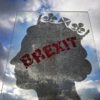 Brexit, May verso il rinvio del voto. Pronta a tornare a Bruxelles