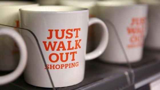 Amazon, i prossimi negozi senza cassieri saranno negli aeroporti