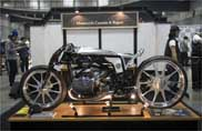 Departed, Bmw custom in salsa giapponese