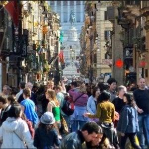 Cinesi in cima alla classifica dello shopping tax free
