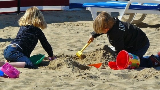 Bambini, scuse meno efficaci se imposte dai genitori