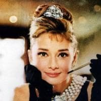Audrey Hepburn, la vita dell'attrice in una serie tv