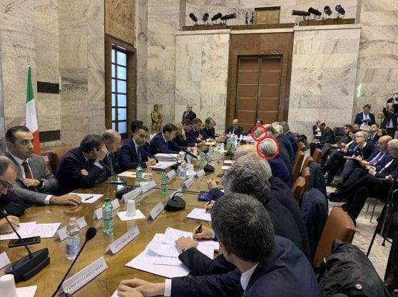 Con Di Maio le  associazioni diventano 36. Due le donne: Donatella Prampolini,  vicepresidente di Confcommercio (proprio di fronte al ministro), e  Patrizia De Luise, presidente di Confesercenti