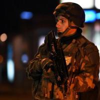 """Attentato al mercatino di Strasburgo, shock all'Europarlamento: """"C'è un morto davanti a..."""