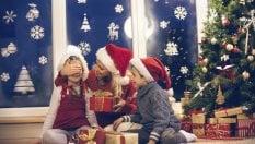 La top 10 dei regali di Natale: creme e profumi scalzano i giocattoli