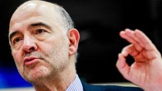 """Moscovici apre alla Francia: """"Può sforare il tetto del 3%, non è paragonabile con il caso Italia"""""""