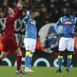 1-0 con il Liverpool, il Napoli è fuori tra i rimpianti