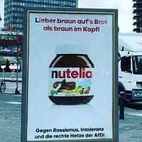Germania, dopo Coca Cola anche Nutella: a Berlino spuntano i finti manifesti contro...