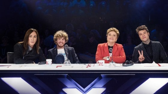 Anastasio vince X Factor, il video di Sarri: