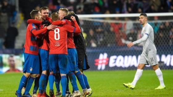 Viktoria Plzen-Roma 2-1, giallorossi in crisi senza fine