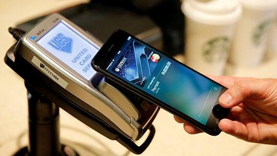Gli italiani hanno scoperto il Fintech: sono 11 milioni ad aver usato i servizi digitali