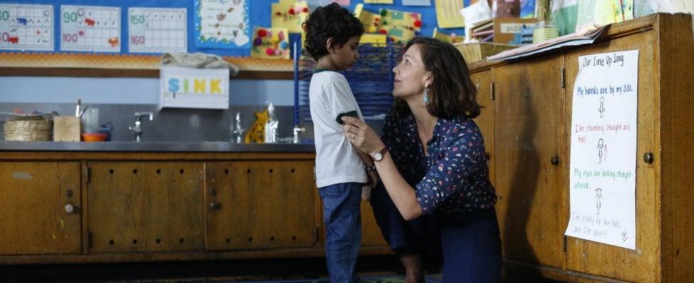 """'Lontano da qui', Maggie Gyllenhaal diretta da Sara Colangelo: """"La mia storia allegorica, contro la mediocrità"""""""