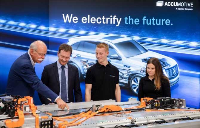 """Daimler racchiude in cinque """"C"""" il futuro della mobilità"""