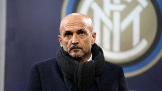 """Inter, Spalletti attacca: """"Ci vogliono demolire, ma squadra merita sostegno dei tifosi"""""""