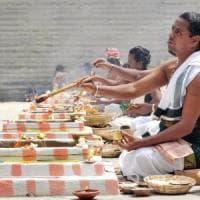 India, riso contaminato durante cerimonia in tempio indù: undici morti