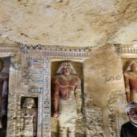 """Egitto: scoperta tomba di oltre 4.400 anni. """"Statue e pitture dai colori intatti"""""""