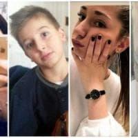 """Corinaldo, l'addio a Eleonora e Benedetta. La famiglia: """"Stateci vicino, ne abbiamo..."""