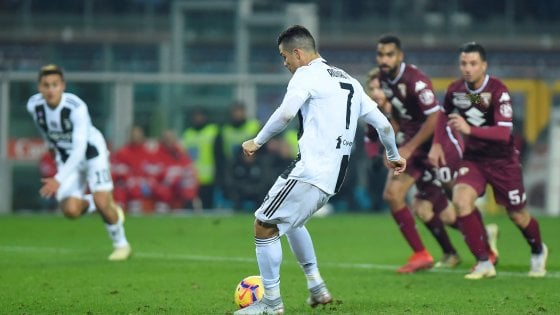 Torino Juventus streaming derby serie A su DAZN: no Rojadirecta