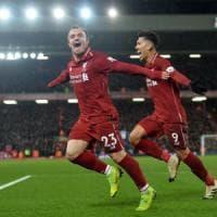 Inghilterra, il Liverpool domina lo United e resta in vetta. Arsenal ko, sorride Sarri