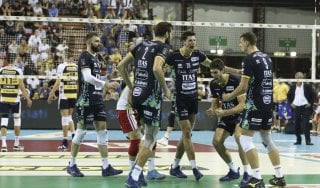 Volley, Superlega: a Trento il big match con Modena. Perugia passa a Sora