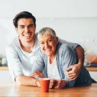 Sempre più under 35 in Italia vivono ancora con i genitori