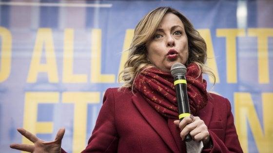 """Onu, l'Assemblea Generale approva global compact su rifugiati. Meloni: """"Chi ha deciso il sì dell'Italia?"""""""
