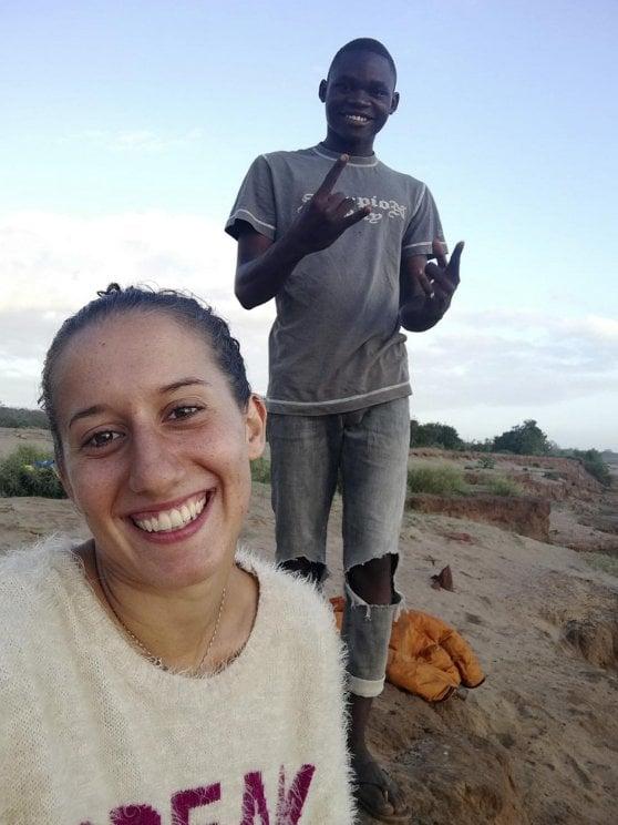 Kenya, alla ricerca di Silvia Romano. Retate della polizia: pestaggi e 100 arresti