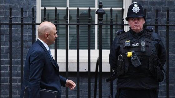 Navi per scorte di cibo e medicine e 3500 soldati in allerta: così Londra si prepara alla Brexit dura