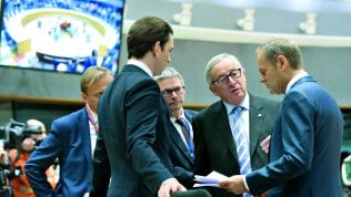 Manovra, inviata a Bruxelles la lettera di Conte e Tria: c'è l'accordo, oggi il via libera definitivo