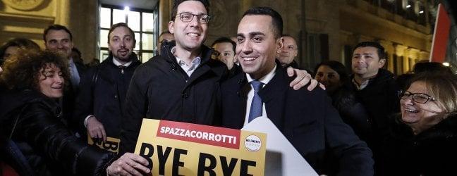 Ddl anticorruzione, via libera definitivo alla Camera. Festa dei 5S davanti a Montecitorio