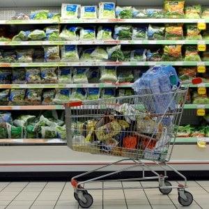 Supermercati, crescono le vendite ma scendono i margini: il mercato verso la saturazione