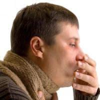 Febbre e tosse persistenti, può essere polmonite?