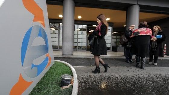 Fatture, no alla banca dati: la Privacy ferma il Fisco