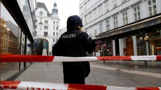Vienna, sparatoria in centro. Almeno un morto