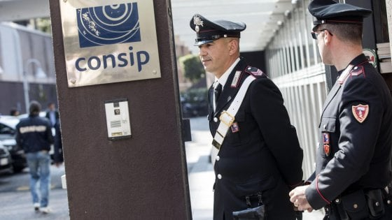 Manovra, la norma ingrassa-corrotti risveglia la coscienza legalitaria del M5S