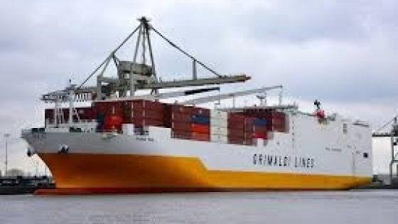Londra, forze speciali liberano cargo italiano sequestrato da 4 clandestini
