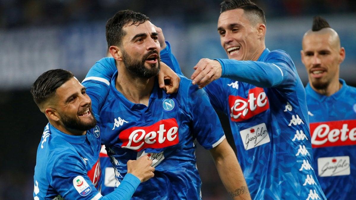Napoli-Spal 1-0, Raul Albiol tiene in corsa gli azzurri - la ...