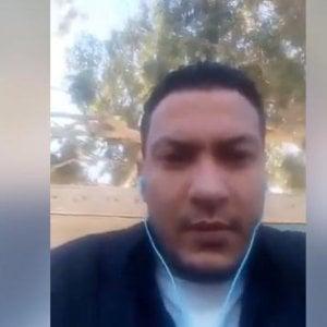 Tunisia, giornalista si dà fuoco per protesta contro il governo