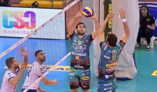 Volley, Superlega: Perugia domina a Latina, ma Trento risponde a Siena