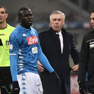 """Napoli, Ancelotti: """"Chiesto 3 stop della gara, la prossima volta ci fermiamo"""""""