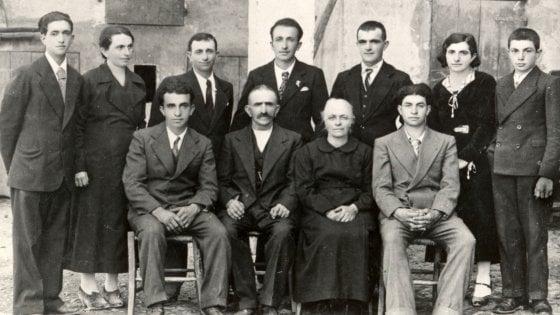 Chi erano i fratelli Cervi, ragazzi partigiani uccisi dai fascisti 75 anni fa