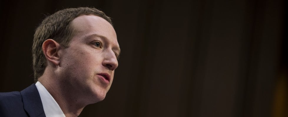 Facebook, Zuckerberg: ci vorranno degli anni per risolvere i problemi della privacy